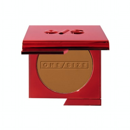 ONE/SIZE Turn Up The Base Versatile Powder Foundation