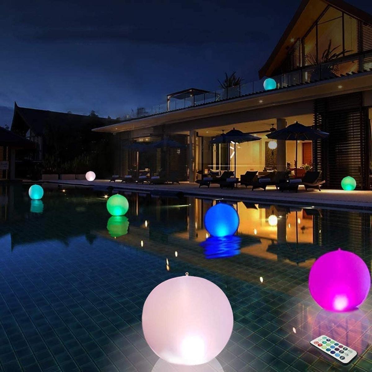 FLORYBERCEA LED Beach Balls (Set Of 2)