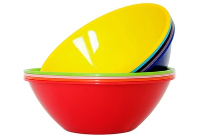 Youngever Plastic Mixing And Serving Bowls (9 Pieces)