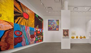 Yayoi Kusama colorful paintings