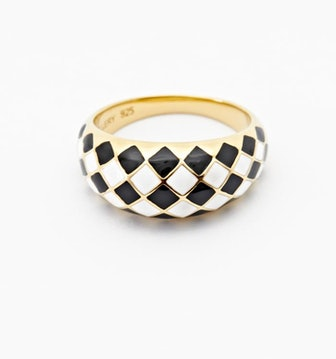 Checker Ring