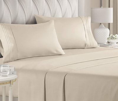 CGK Unlimited Breathable Luxury Bed Sheets (4 Pieces)