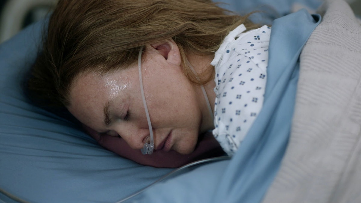 Ellen Pompeo as Meredith Grey in Grey's Anatomy Season 17.