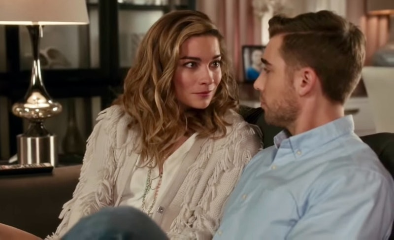 Annie Murphy as Alexis Rose & Dustin Milligan as Ted Mullens in 'Schitt's Creek'