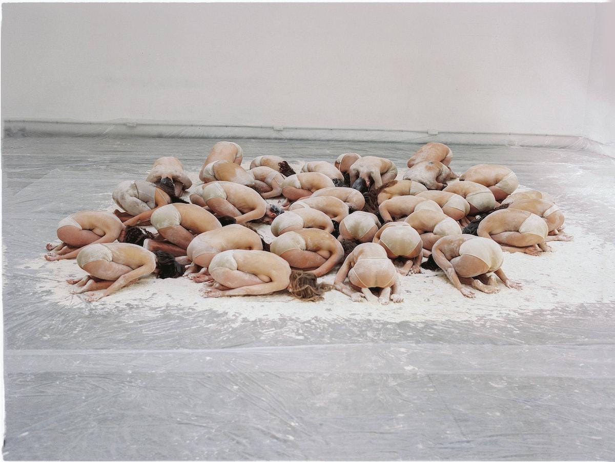 Awkward Moments, performance in collaboration with Marta Armengol, Mimi Xu and Anna Senno by Carlota Guerrero