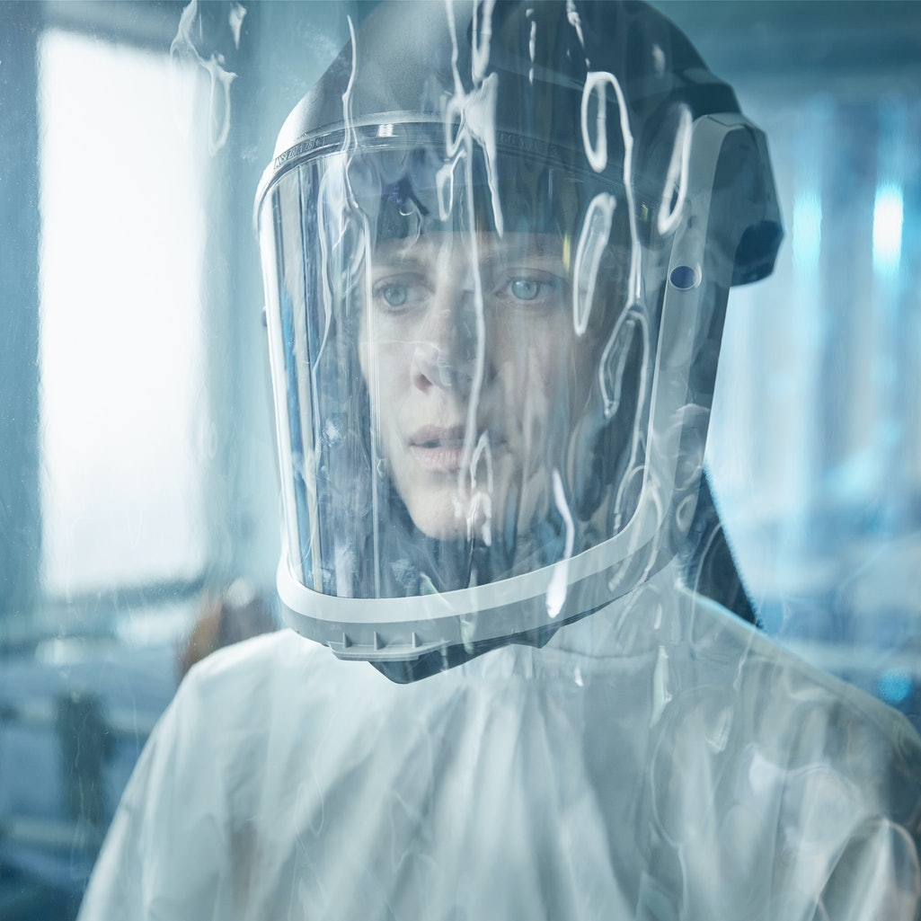A still from 'Oxygen,' via the Netflix press site.