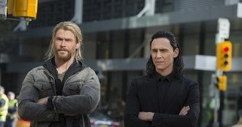 Chris Hemsworth and Tom Hiddleston in Thor: Ragnarok