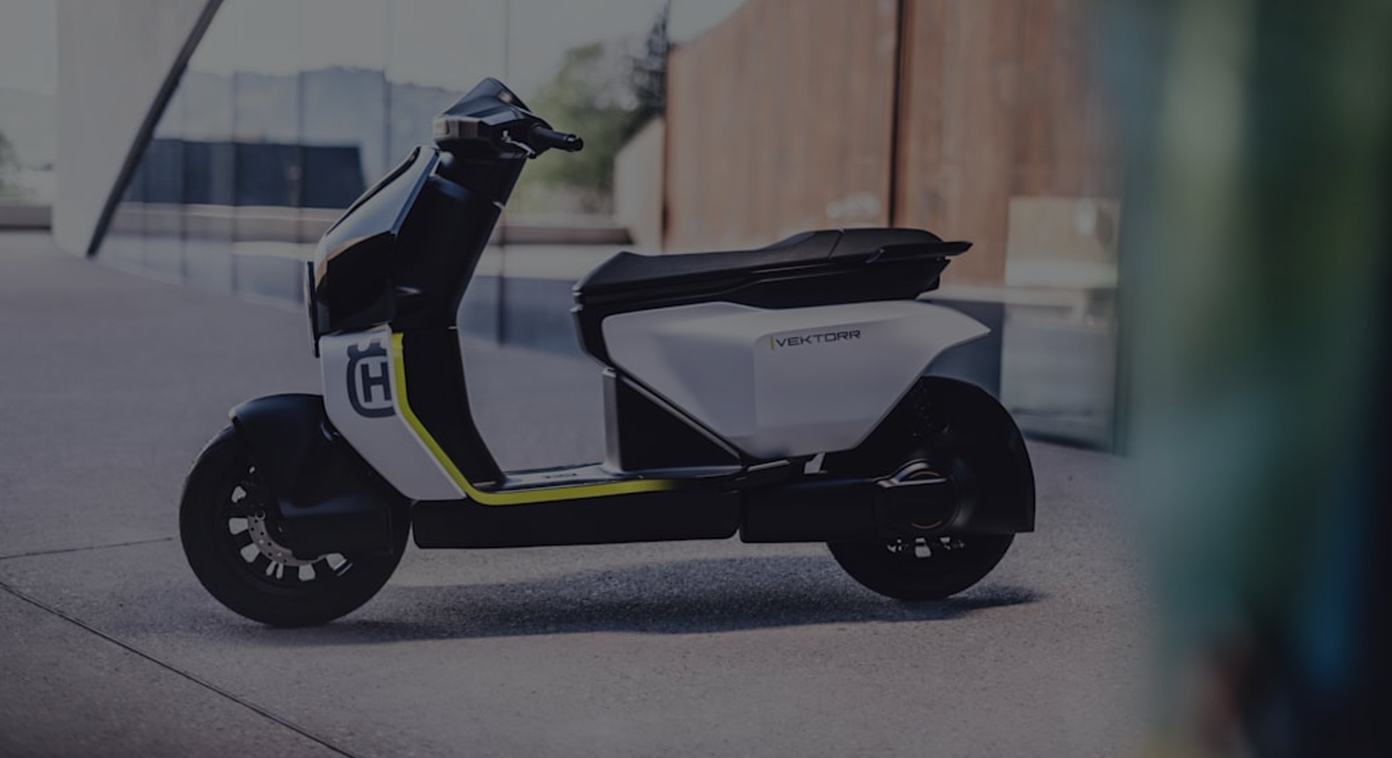 An electric scooter concept from Husqvarna. E-scooter. Electric vehicle. Electric vehicles. E-bike. Electric bikes.