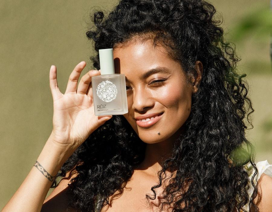 New hair oil from RÔZ by celebrity hairstylist Mara Roszak.