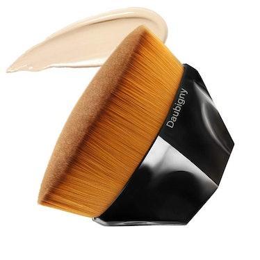 Daubigny Flat Top Kabuki Hexagon Face Brush