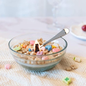 ILIKEPAR French Vanilla Cereal Bowl with Metal Spoon Scented Candle
