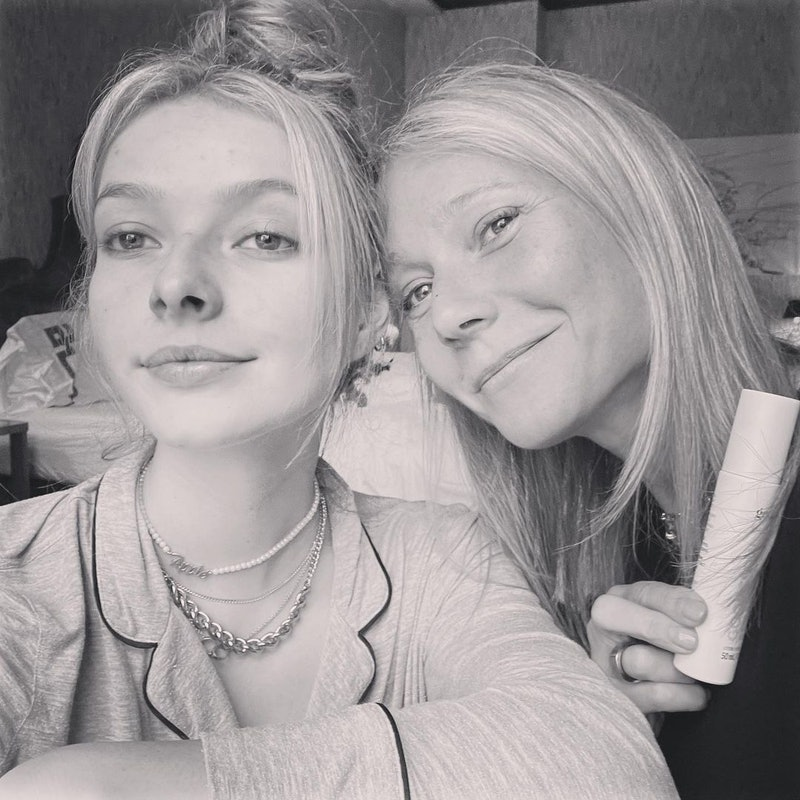 a black-and-white selfie of Gwyneth Paltrow and her daughter Apple Martin