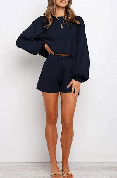 ZESICA Shorts & Sweater Set