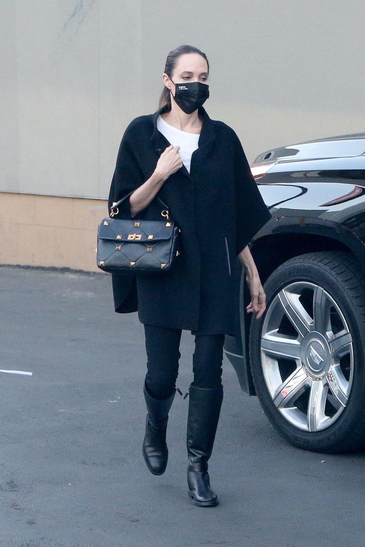 Angelina Jolie in Los Angeles, Califronia on December 6, 2020.