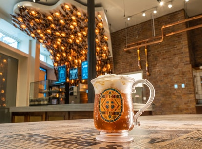 'Harry Potter' New York is opening a Butterbeer Bar, featuring vegan butterbeer for the first time i...