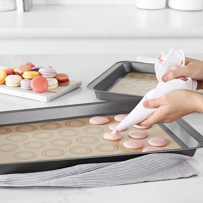 Amazon Basics Silicone Baking Mat (Pack of 2)