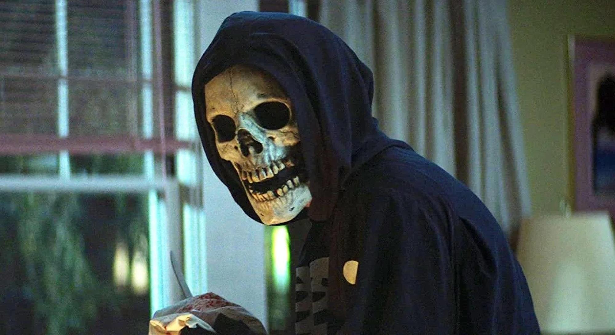 killer in skull mask from fear street