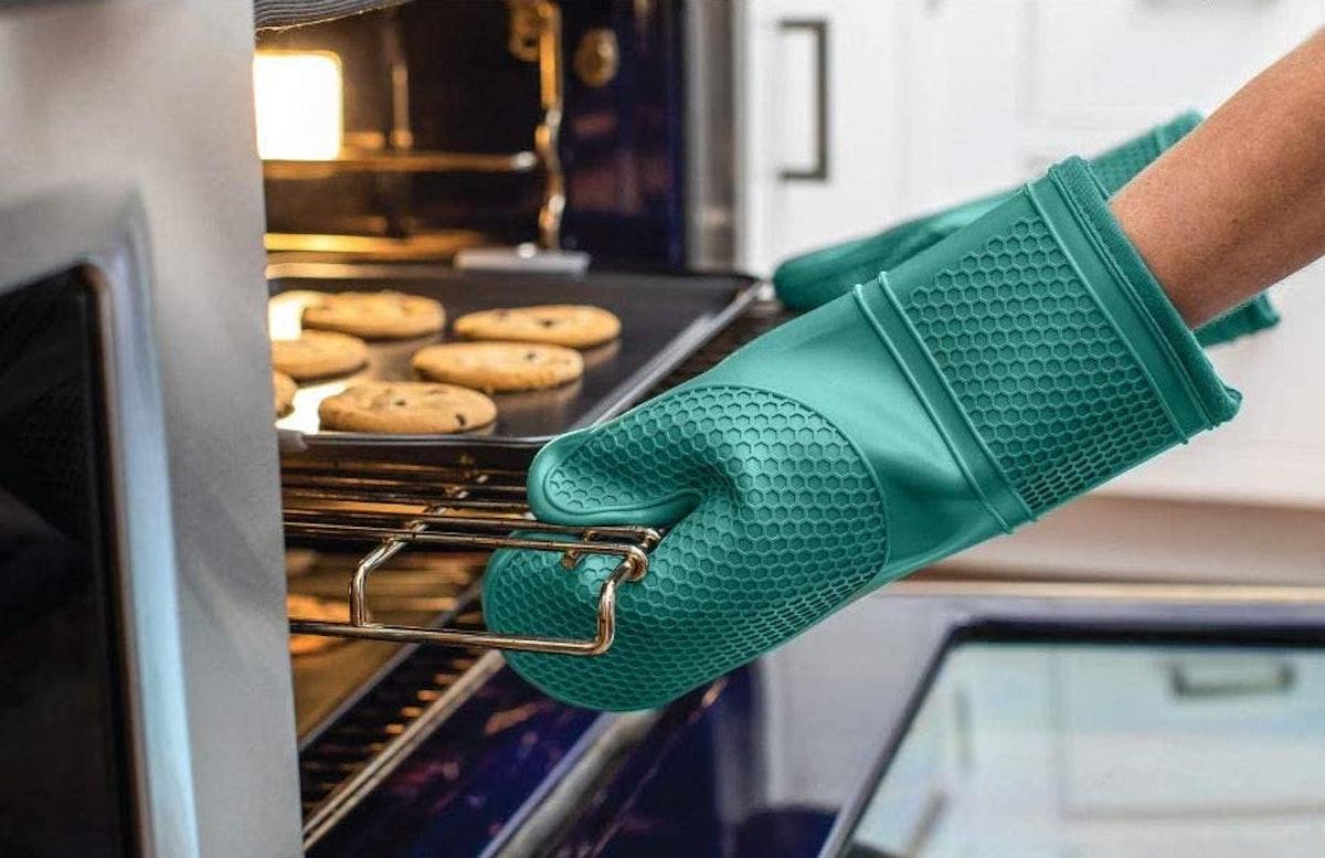 Gorilla Grip Silicone Oven Mitt Set (2-Pack)