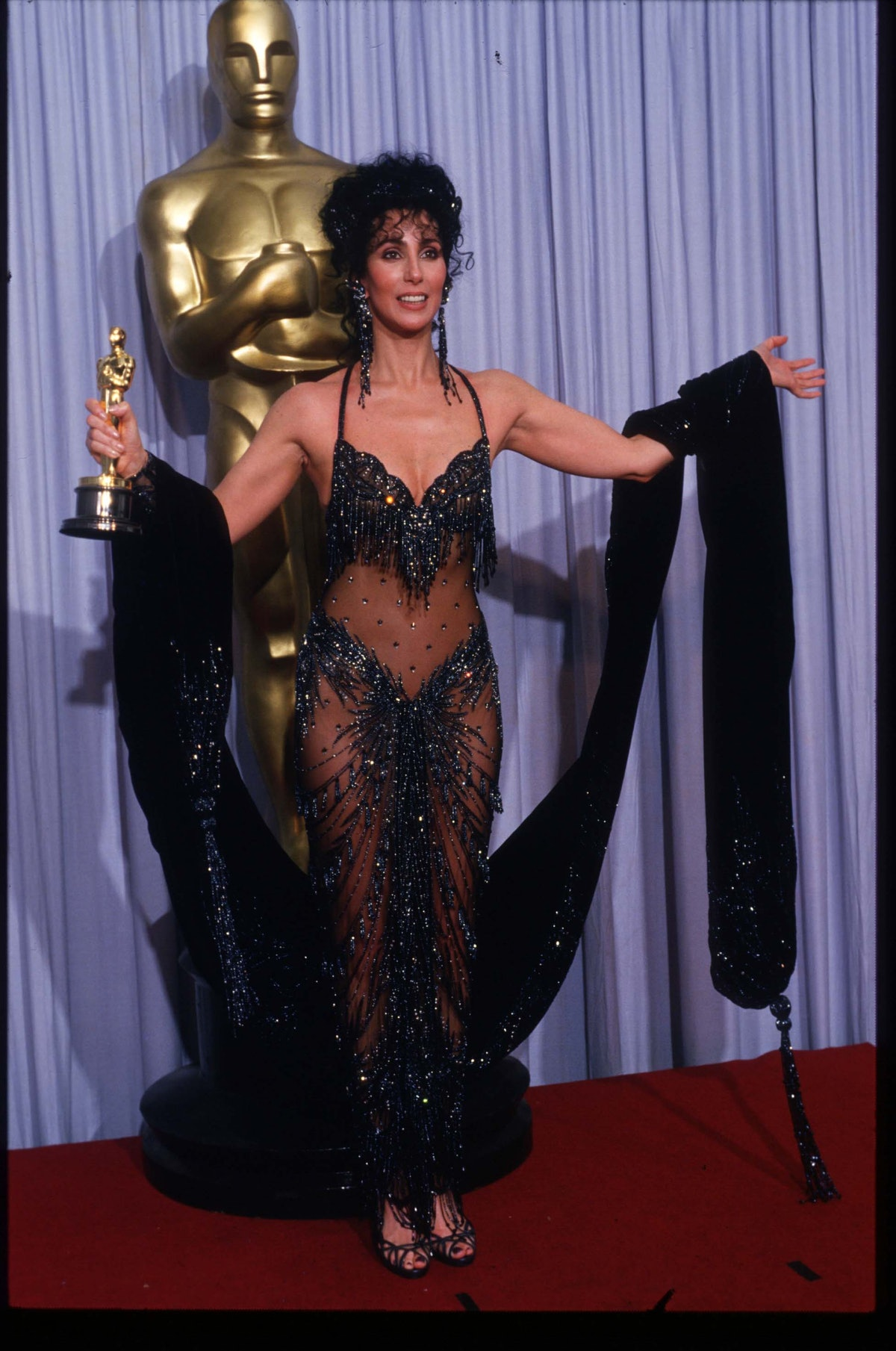 Cher at the 1998 Oscars