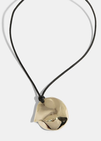 Medaille Necklace