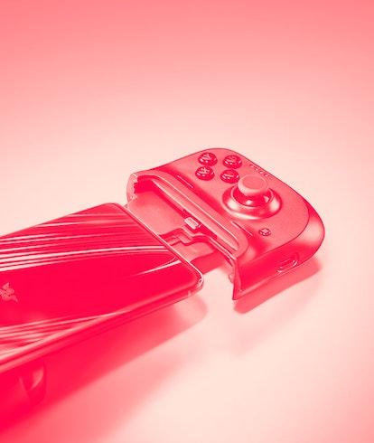 Razer Kishi website official promotional image. Gaming. Video games. Game controller. Handheld gaming.