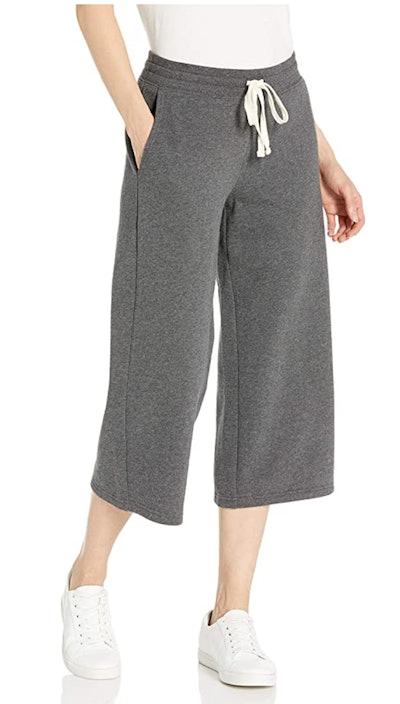 Amazon Essentials French Terry Fleece Wide-Leg Crop Sweatpant