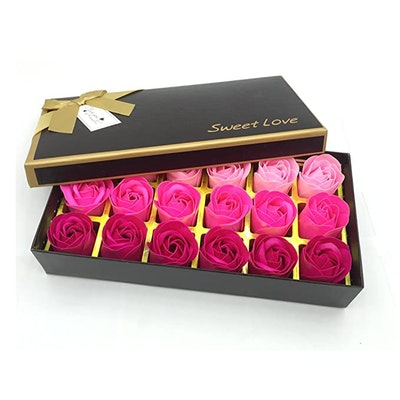 JIALEEY Floral Scented Rose Soap Petals