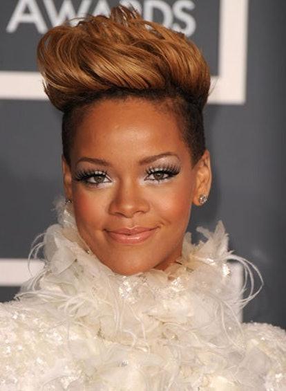 Rihanna 2010 Grammys