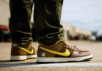 """Undefeated x Nike """"Canteen"""" Dunk Low"""