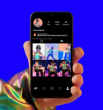 Poparazzi is a new competitor to Instagram where users can only share pictures of their friends.