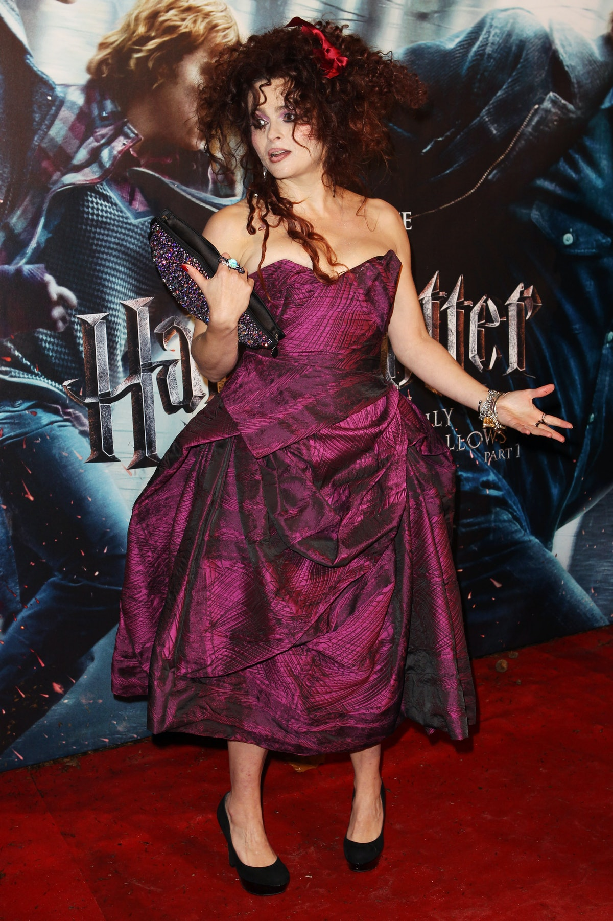 HBC on the Harry Potter red carpet in dark pink gown