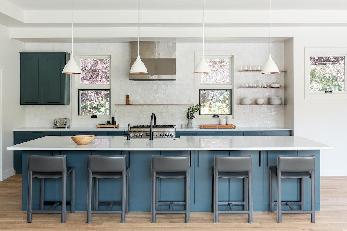 blue kitchen trend