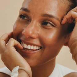 A closeup of Alicia Keys, Bustle's May cover star.