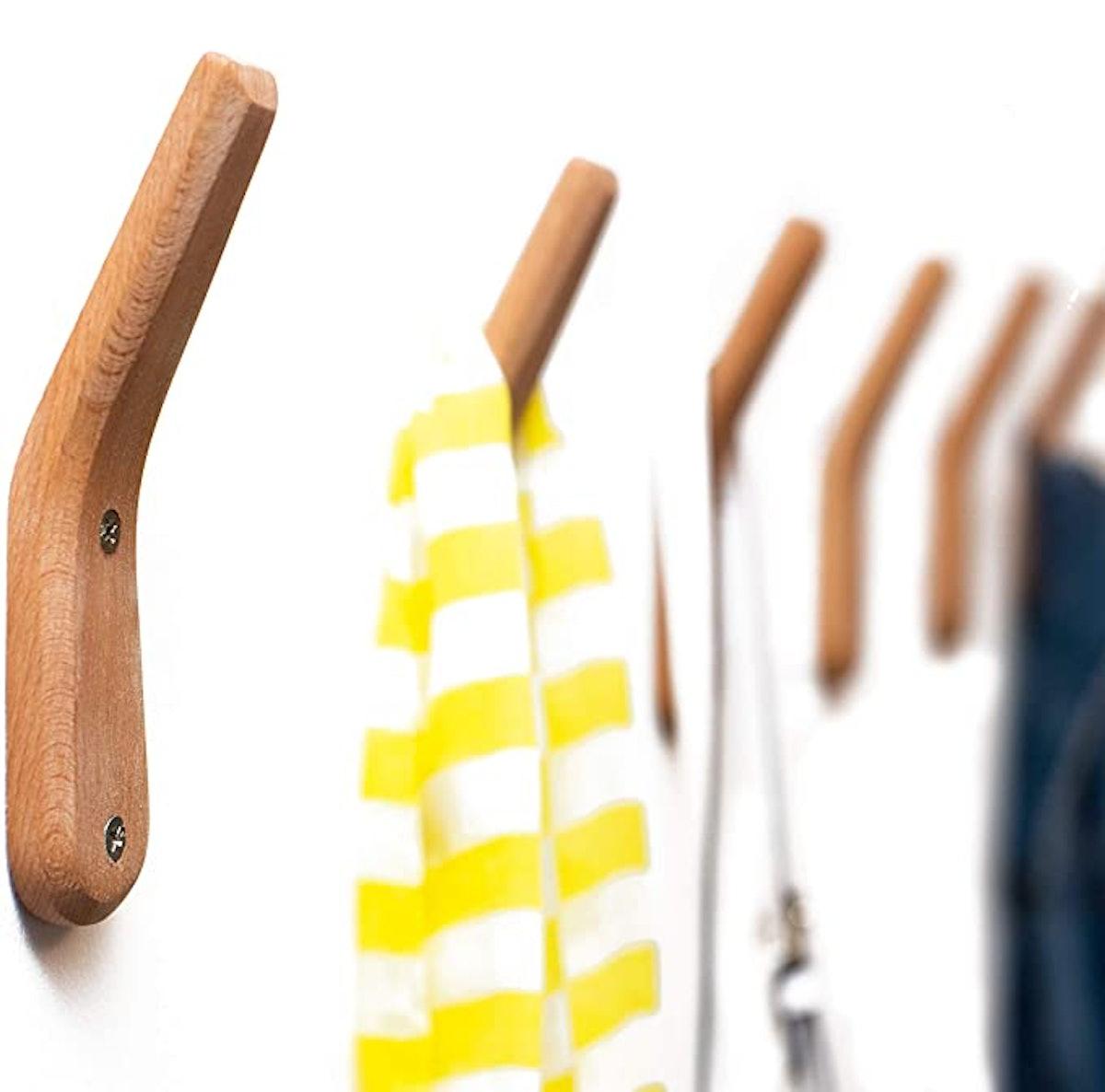UMMZi Wooden Coat Rack Hooks (2-Pack)