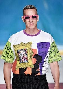 Jeremy Scott wearing pink sunglasses