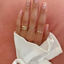 wedding manicures negative space