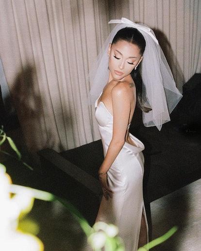 Ariana Grande wedding day Vera Wang dress