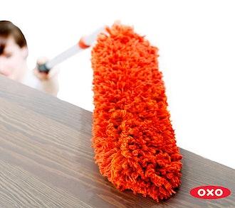OXO Good Grips Extendable Microfiber Duster