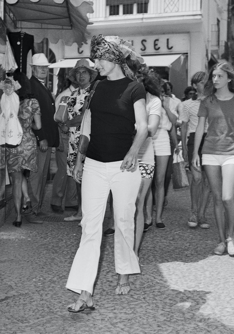 vintage white jeans outfits