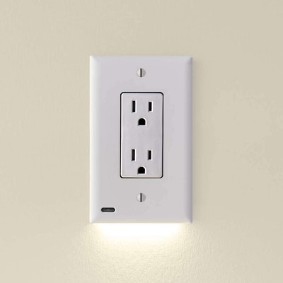 SnapPower Outlet GuideLight (2-Pack)