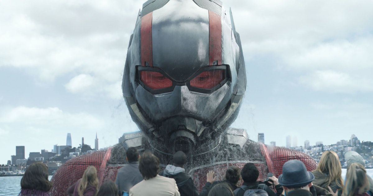 Scott Lang as an oversized Ant-Man in Ant-Man and the Wasp
