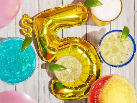 These seven Cinco De Mayo 2021 deals include discounted sips and tacos.