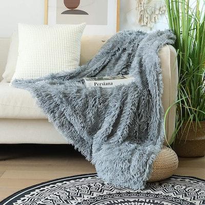 "Tuddrom Faux Fur Throw Blanket (50"" x 60"")"