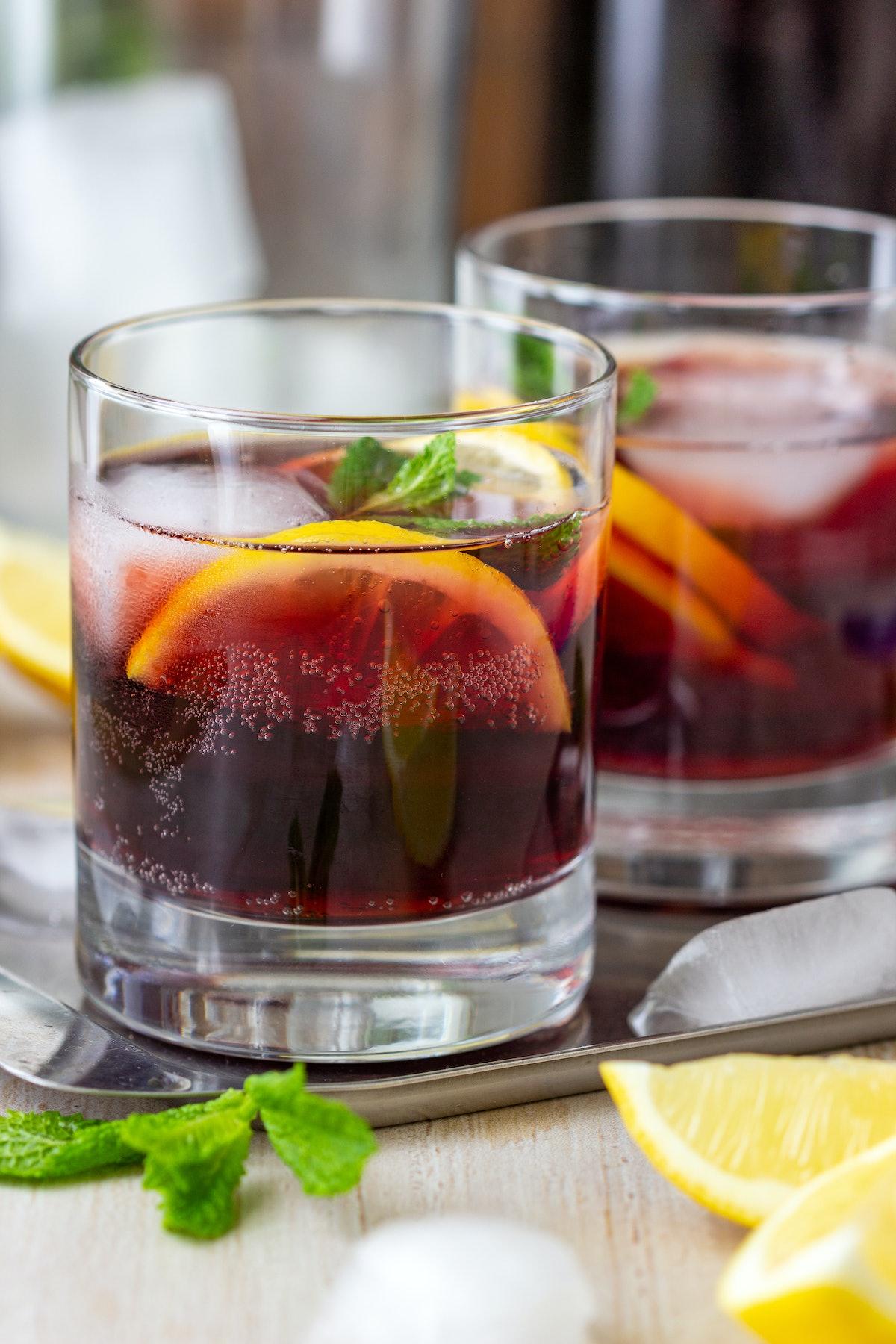 red wine spritzer summer cocktail and spritzes