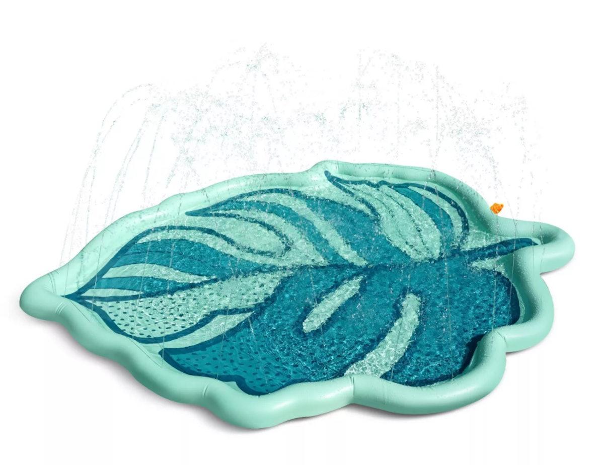 Tropical Palm Leaf Splash Pad Sprinkler
