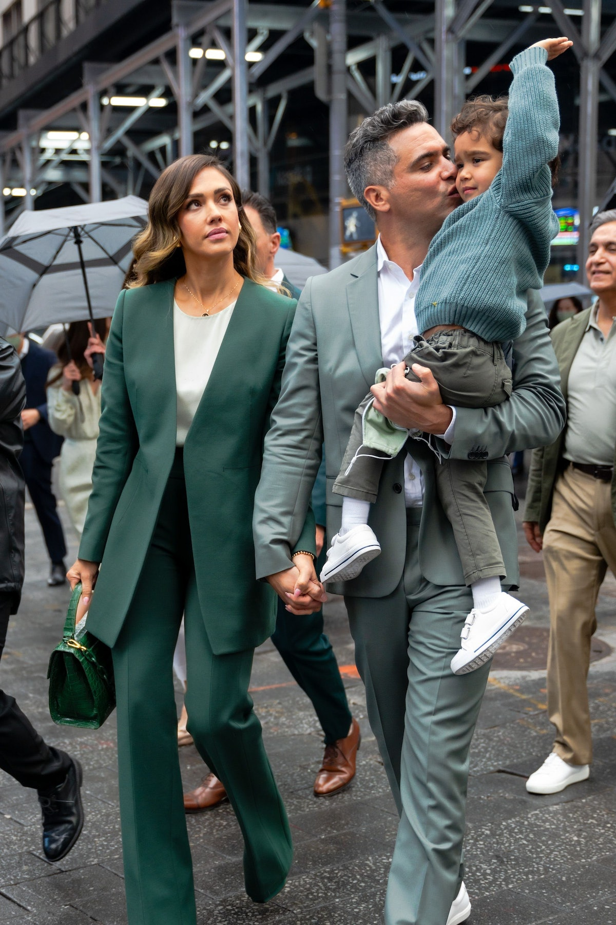 Jessica Alba and family all in green.