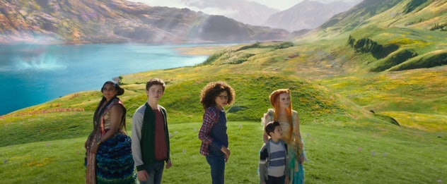 Oprah Winfrey and Mindy Kaling star in 'A Wrinkle In Time.'