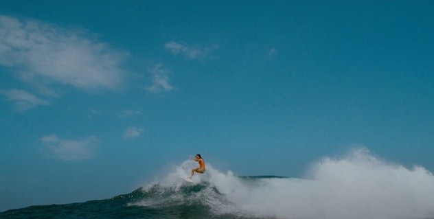 The 2011 film, 'Soul Surfer' is based on a true story.