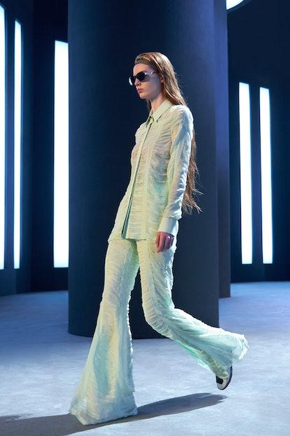 Model wears look 12 during Salvatore Ferragamo's FW 21 runway.