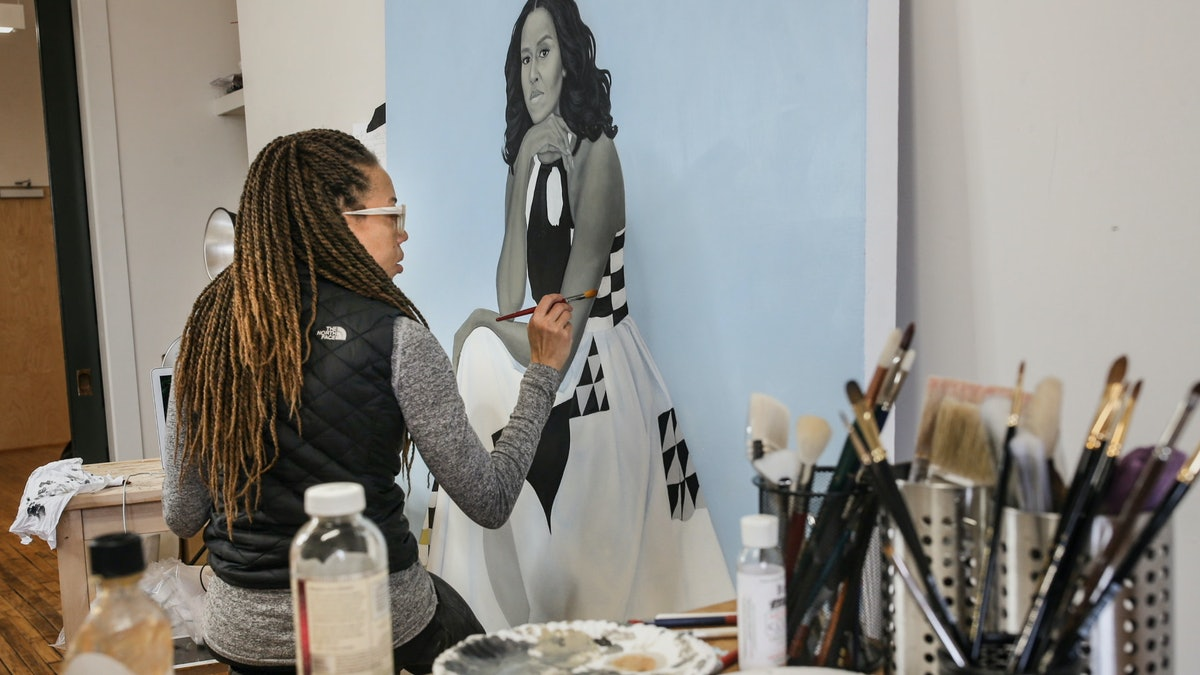 Amy Sherald painting Michelle Obama